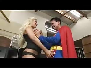 Член чувака застрял в попе девушки