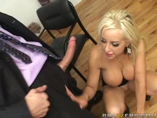 Picture Savannah Gold Muff Dive And Blowjob