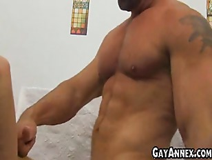 Big daddy man fucks twink