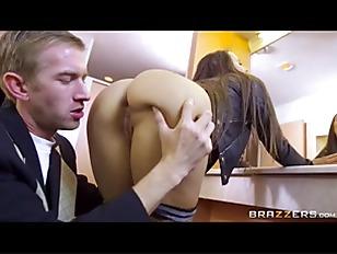 Фистинг ногой мужчине