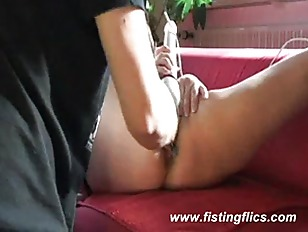 Picture Kinky Amateur Fisted Till She Orgasms