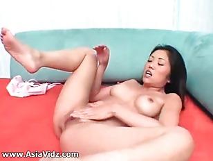Busty asian hooker suck and ju