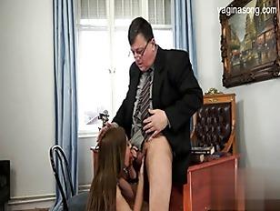 Брюнеточки с челкой в порно