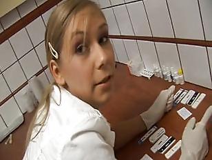 Sarah timide