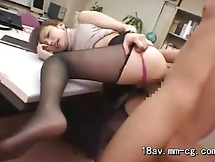 OL and her boss in office