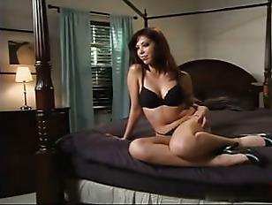 Порно видео девушки сосут друг у друга молоко из груди