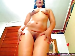 Picture Mature Latina Dildos Her Pussy And Ass On We...