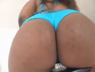 Picture BBW Ebony Honey Shai