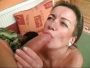 Села в рот порно