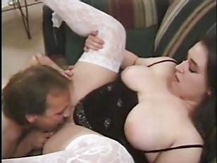 Порно видео с резиновой куклой
