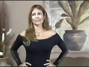 Порно русские зрелые телки заставляет мужика ей лизать