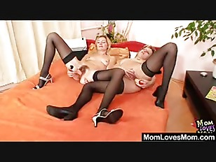 Two mommy amateur madams lesbi