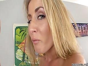 Видео фистинг анальный разрыв