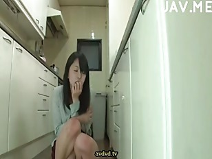 Picture Masturbate In Kitchen