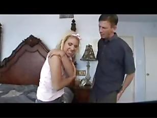 Видео как издеваются над праститутками