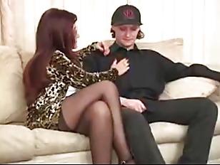Обучающее видео по анальному сексу