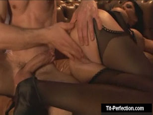 Женское молоко видео порно