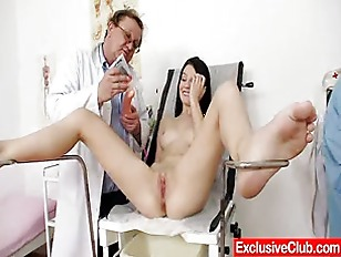Picture Skinny 18 years Lucianna Karel Gyno Clinic I...