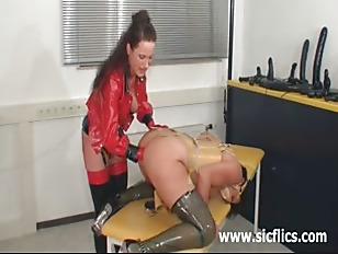 Amateur slut fist fucked five