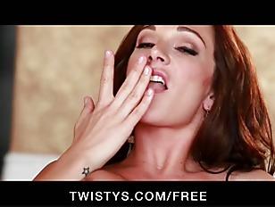 Picture HOT Big Tit Redhead Destiny Dixon Fingers He...