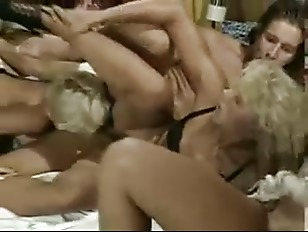 Picture Groupsex With German 20y-Girls