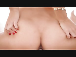 Picture Brunette Young Chick Get Orgasm