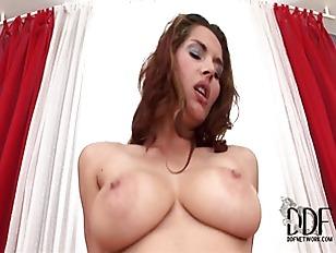 Jasmine is a fucking goddess
