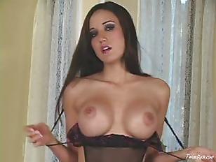 Erin Avery solo