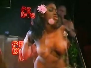 Picture Audrey Jaymes Gets Fucked In A Bar