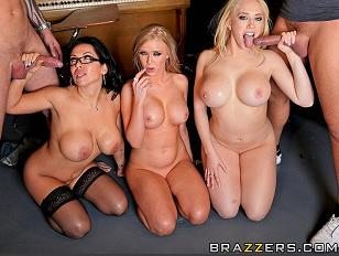 Sexy School XXX Mas Break Orgy