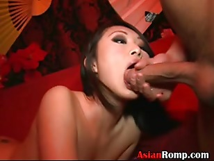 Picture Asians Get Nasty In Club P5