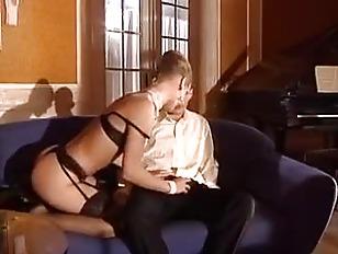 Подборка дрочки члена на порно дойки