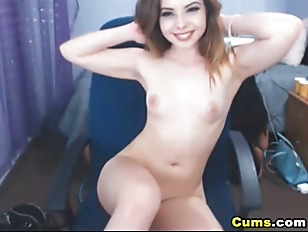 Picture Cute Young Girl 18+ Shakes Her Nice Ass