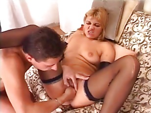 Blonde babe fisted and penetra