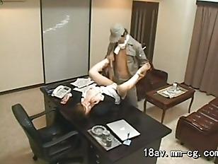 repair man fuck her boss