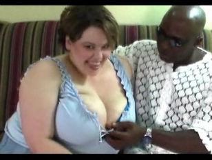 Бурный женский оргазм в порно