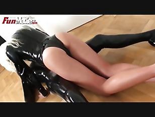 FUN MOVIES German Latex Lesbia