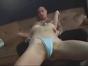 Annie Body Fuck and Squirt