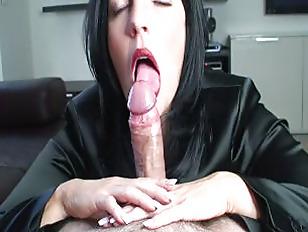 Slow lipstick blowjob