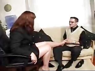 Секс с очень юной девочкой смотреть