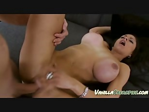 Picture Slut With HugeTits Gets Cumshot Inside Her P...