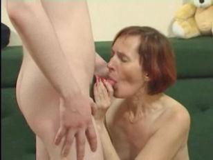 Skinny Granny in Stockings Fuc