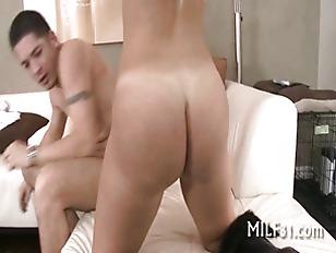 Pounding babes lusty fuck hole