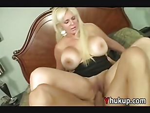 Picture Kayla Cupcakes Mature