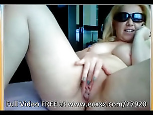 Hot Fat Slut Plays With Her Cl