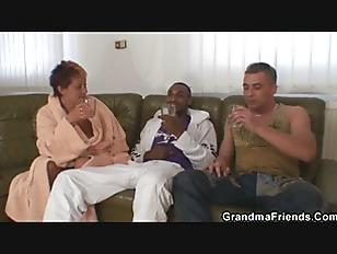 Interracial granny double pene