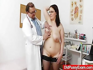 Picture Big-breasted Matured Ob Gyn Exam