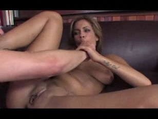 Sexy chick seduces and gets fu