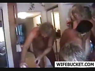 Women bodybuilders huge clit