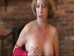 Picture Mature Handjob With Amazing Cumshot On Gym